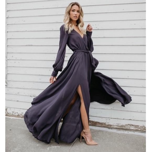 Vici Dresses & Skirts - Vici Long Sleeve Diana Maxi Dress